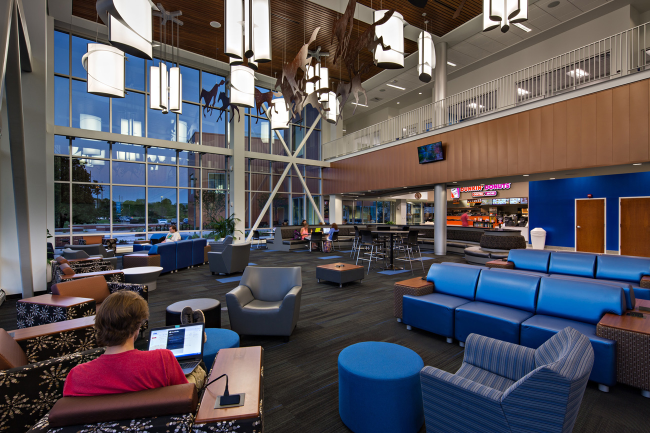 TURNERBATSON Architects Higher Education Architecture -UAH Charger Student Union15