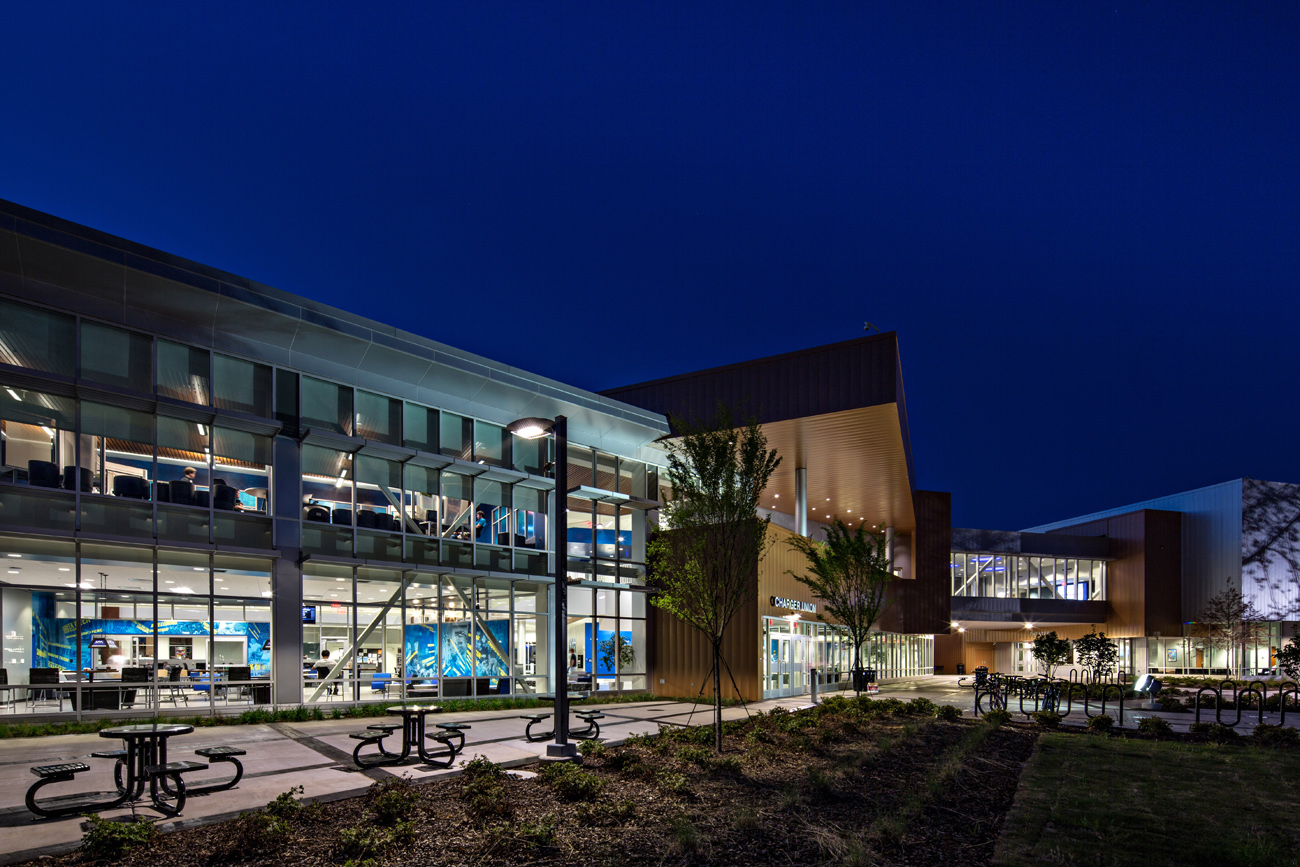 TURNERBATSON Architects Higher Education Architecture -UAH Charger Student Union 11