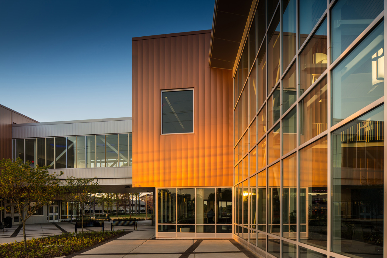 TURNERBATSON Architects Higher Education Architecture -UAH Charger Student Union9